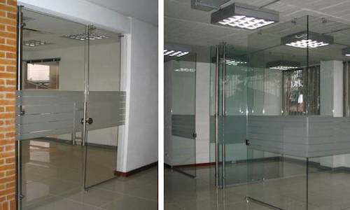 Oficinas en Vidrio Templado